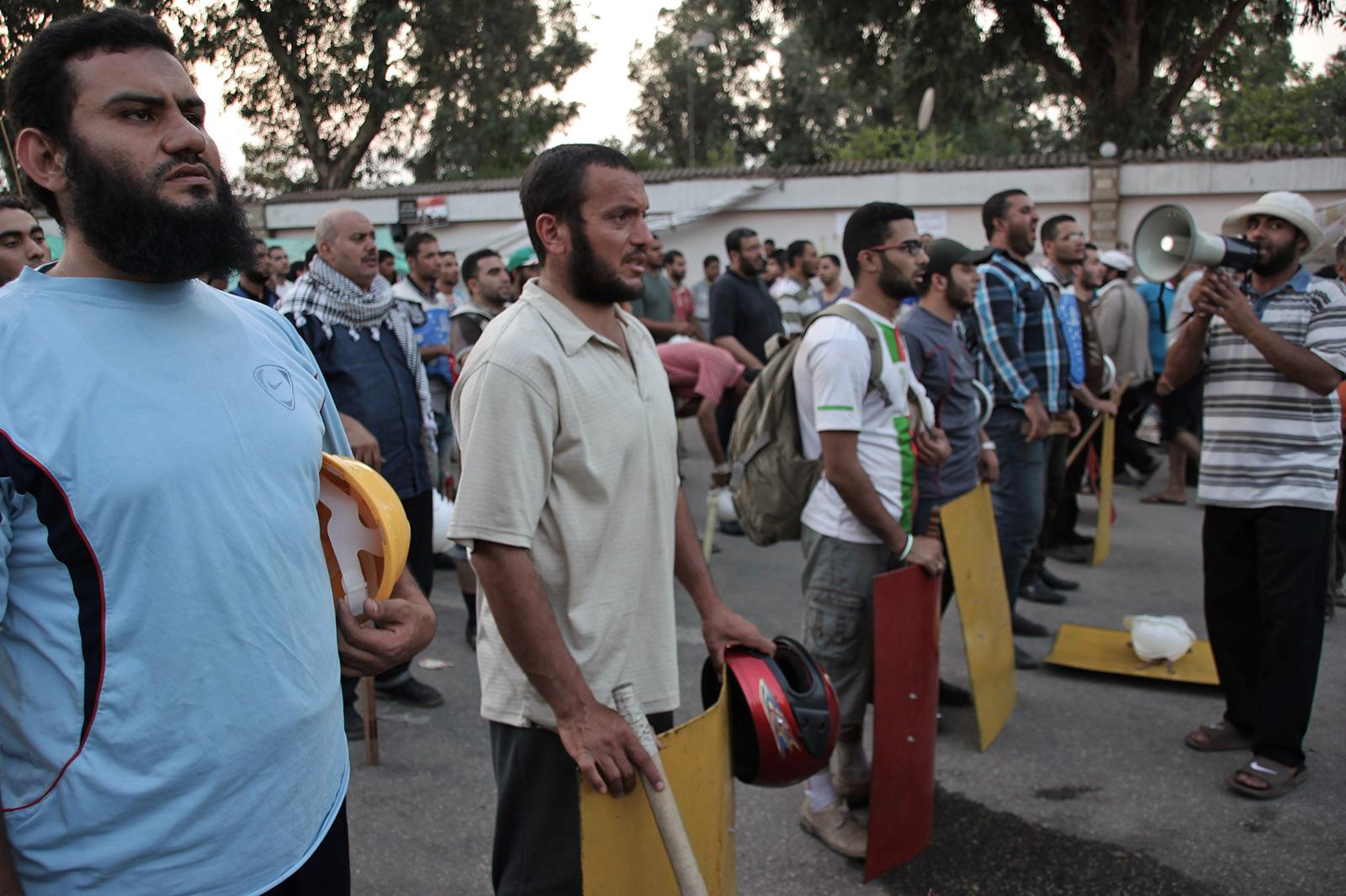 muslim brotherhood prepare for fight egypt cairo
