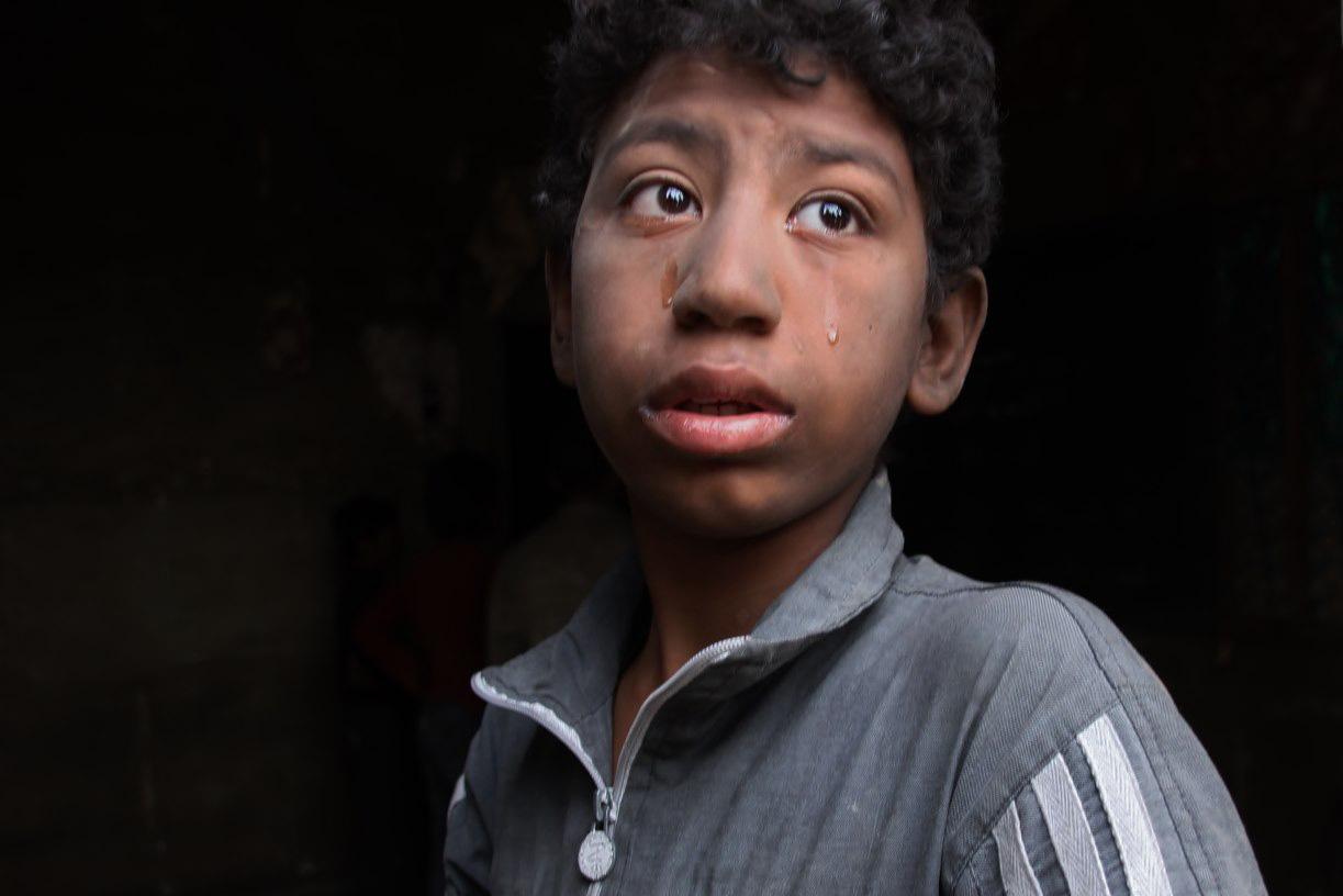 street boy crying egypt cairo