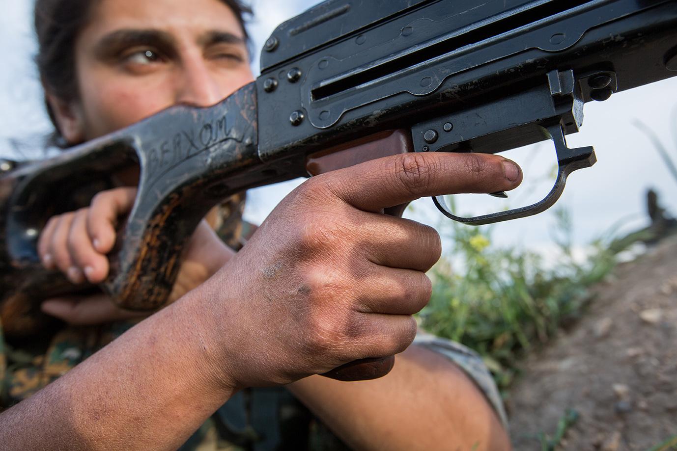 shooting isis yesidi woman sinjar iraq